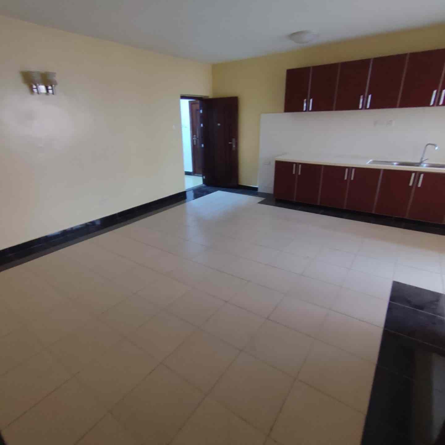 2 bedroom apartment for rent in Kilimani near Yaya Centre