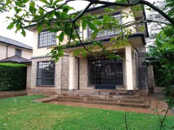 4 bedroom masionette in a gated compound for rent along Kiambu Road