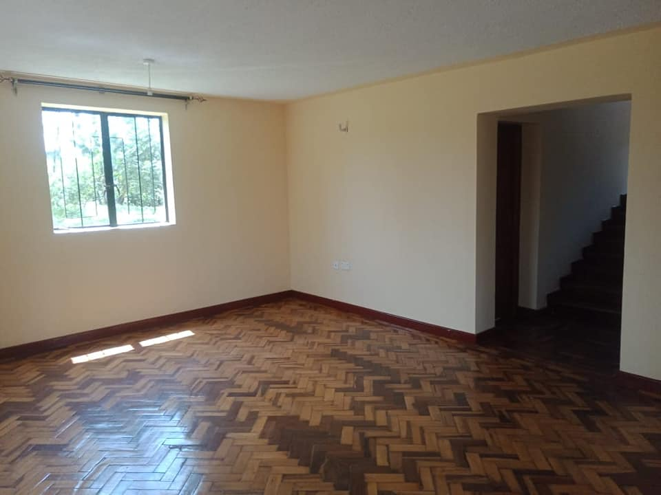 4 bedroom own compound house for rent