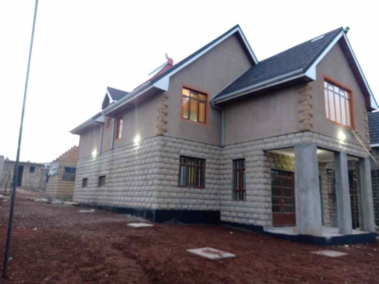 5 bedroom own compound for sale in Ngong