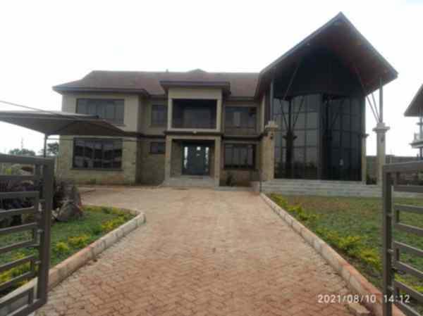 Runda 5 bedroom mansion for rent or sale