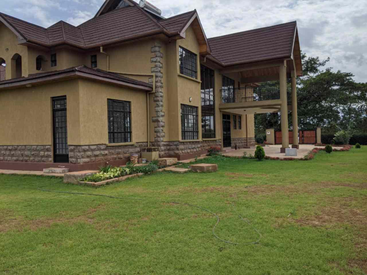 Thika 6 bedroom mansion for sale in Golf estate