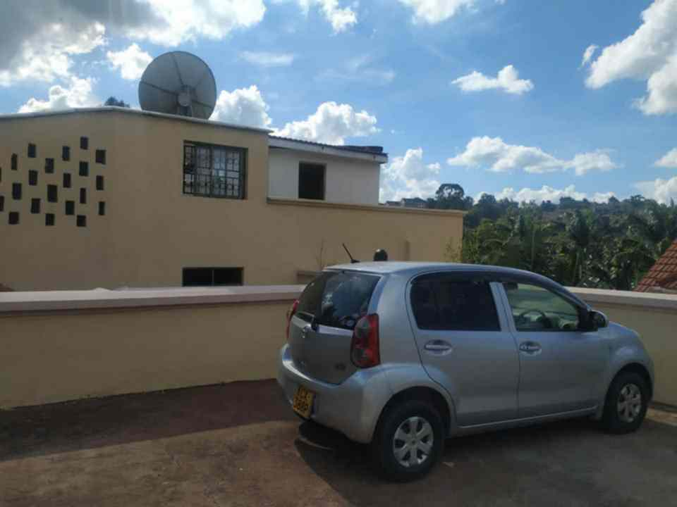 6 bedroom town house for rent in Lavington